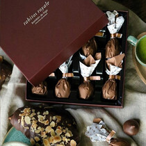 Конфеты инжир в шоколаде с соленой карамелью Rabitos Royale