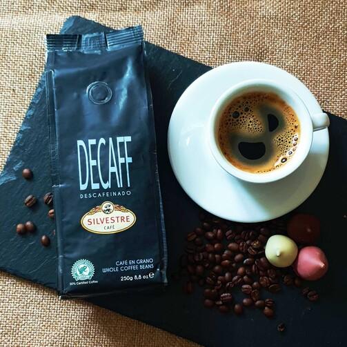 Кофе без кофеина зерновой